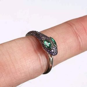 Sz 8 Amethyst snake with emerald eyes sterling